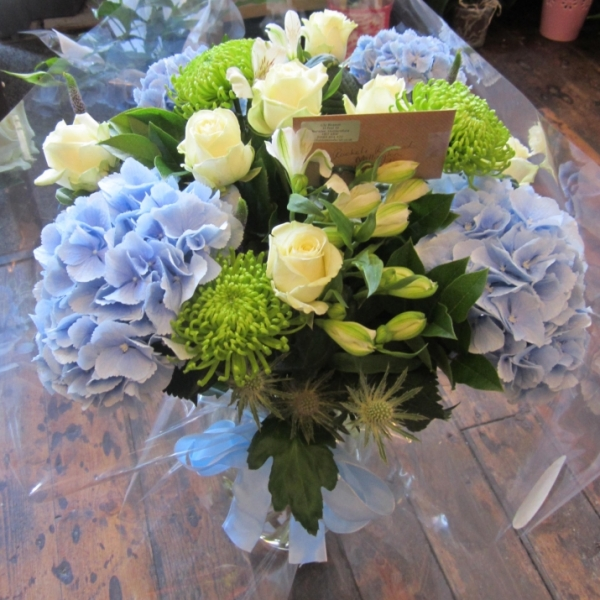 Baby boy flower vase with Roses and hydrangea
